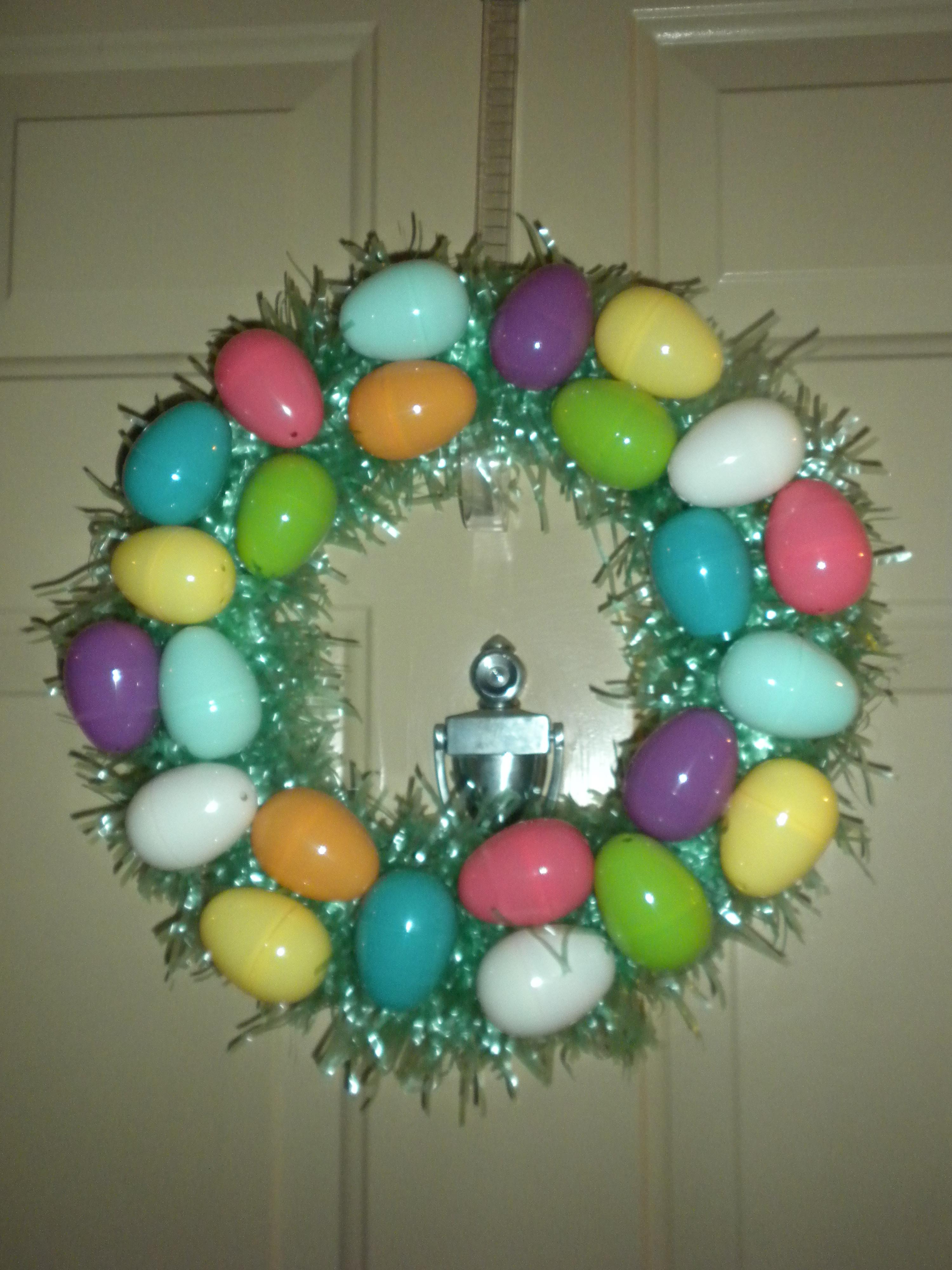 Easter Egg Wreath | theblondelawyer