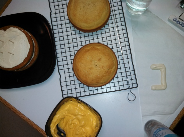 Assembly of cake